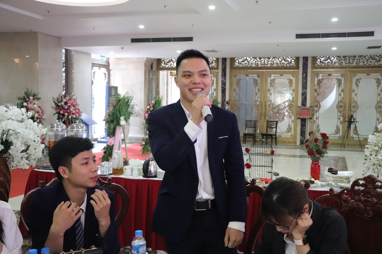 dia-oc-kien-hung-3-lan-lien-tiep-nhan-giai-dai-ly-ban-hang-xuat-sac-nhat-01
