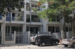 Nhà phố 54 Hạ Đình