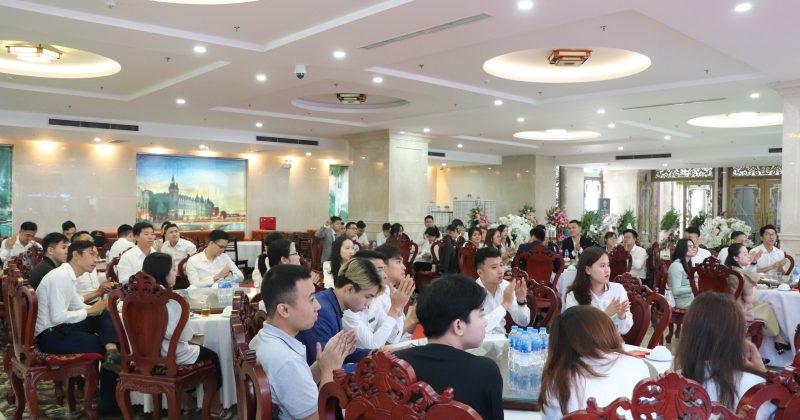 Địa ốc Kiến Hưng 3 lần liên tiếp nhận giải đại lý bán hàng xuất sắc nhất dự án Hanaka Từ Sơn